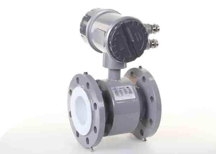 Industrial flow meter by electromagnetic flow meter Liner: Rubber Dia: DN50-DN1200